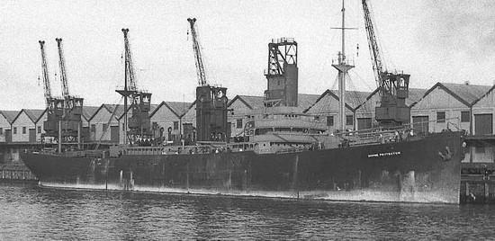 La guerre sous-marine et de surface 1939 - 1945 - Page 70 Empire22