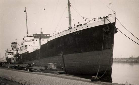 La guerre sous-marine et de surface 1939 - 1945 - Page 5 Ensis10