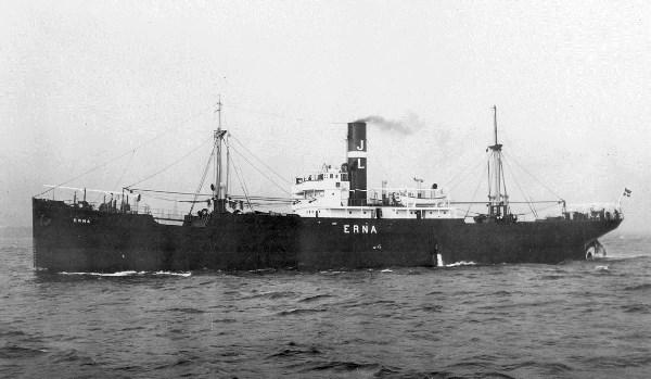 La guerre sous-marine et de surface 1939 - 1945 - Page 12 Erna10