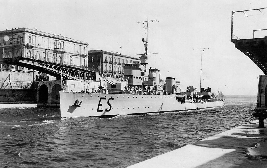 La guerre sous-marine et de surface 1939 - 1945 - Page 35 Espero10