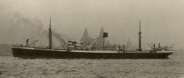 La guerre sous-marine et de surface 1939 - 1945 - Page 41 Euryme10