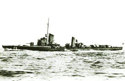 La guerre sous-marine et de surface 1939 - 1945 - Page 46 Falke_10