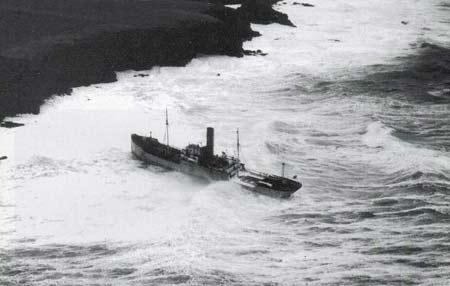 La guerre sous-marine et de surface 1939 - 1945 - Page 18 Faro10