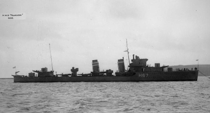 La guerre sous-marine et de surface 1939 - 1945 - Page 27 Fearle10