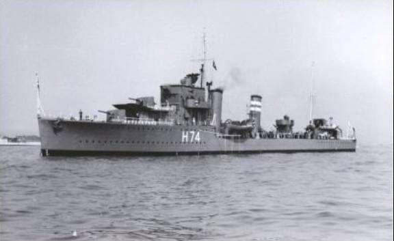 La guerre sous-marine et de surface 1939 - 1945 - Page 3 Forest10