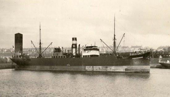 La guerre sous-marine et de surface 1939 - 1945 - Page 18 Freden10