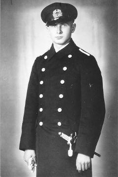 La guerre sous-marine et de surface 1939 - 1945 - Page 4 Froehl11