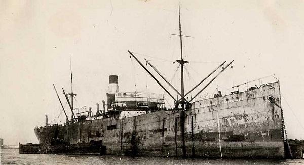 La guerre sous-marine et de surface 1939 - 1945 - Page 36 Georgi10