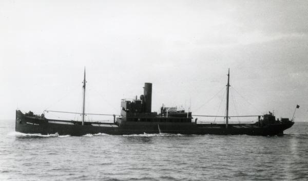 La guerre sous-marine et de surface 1939 - 1945 - Page 4 Gertru10