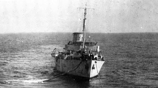 La guerre sous-marine et de surface 1939 - 1945 - Page 36 Gladio10