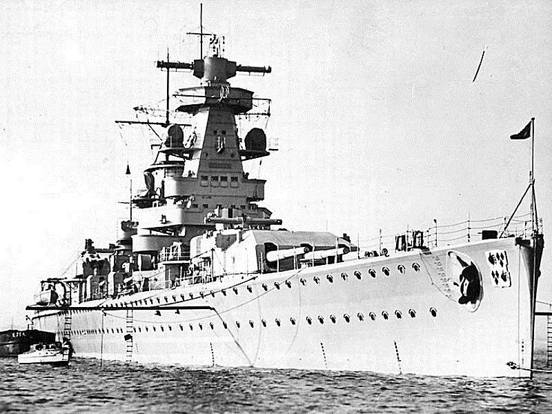 La guerre sous-marine et de surface 1939 - 1945 - Page 49 Graf_s10