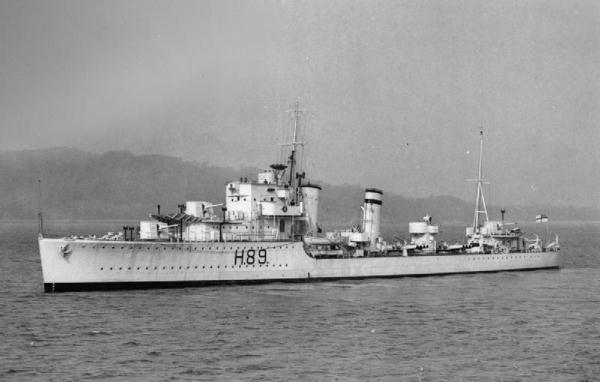 La guerre sous-marine et de surface 1939 - 1945 - Page 8 Grafto10