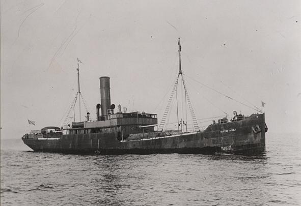 La guerre sous-marine et de surface 1939 - 1945 - Page 7 Gustaf10