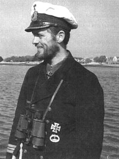 La guerre sous-marine et de surface 1939 - 1945 - Page 6 Hardeg11