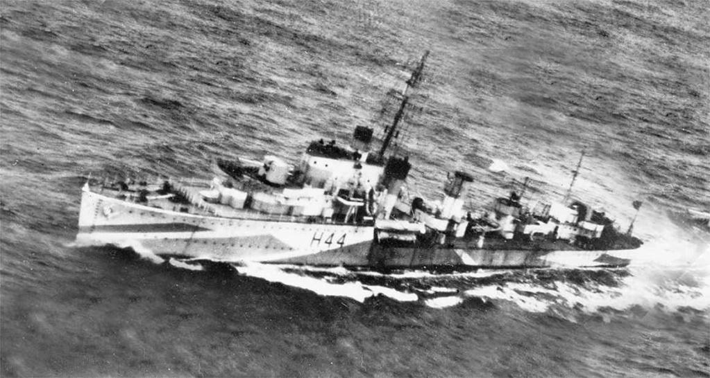 La guerre sous-marine et de surface 1939 - 1945 - Page 48 Highla13
