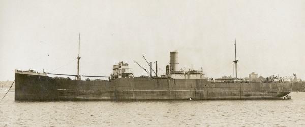 La guerre sous-marine et de surface 1939 - 1945 - Page 46 Hurunu10
