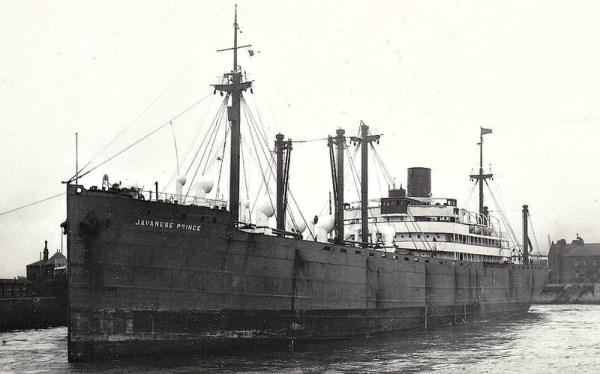La guerre sous-marine et de surface 1939 - 1945 - Page 3 Javane10