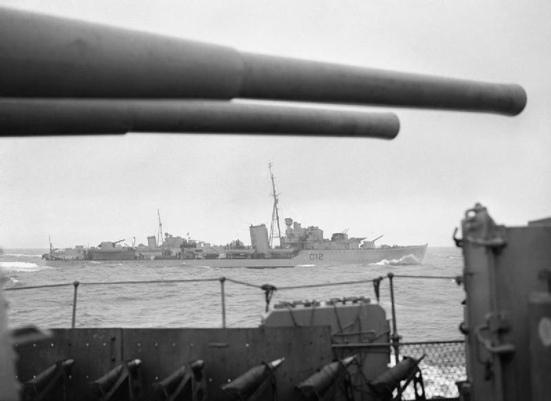 La guerre sous-marine et de surface 1939 - 1945 - Page 3 Kashmi11