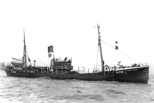 La guerre sous-marine et de surface 1939 - 1945 - Page 50 Kingst11
