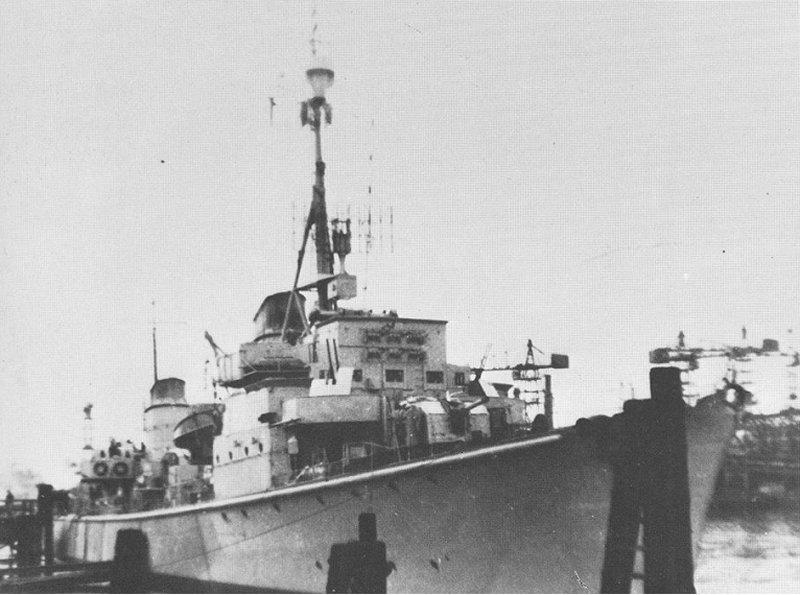 La guerre sous-marine et de surface 1939 - 1945 - Page 46 Kondor10