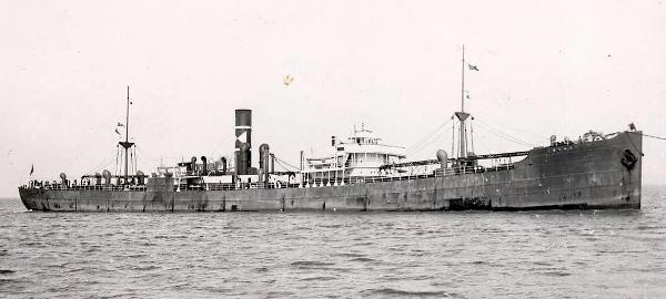 La guerre sous-marine et de surface 1939 - 1945 - Page 64 Korant10
