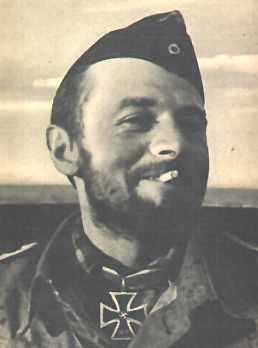 La guerre sous-marine et de surface 1939 - 1945 - Page 46 Korth219