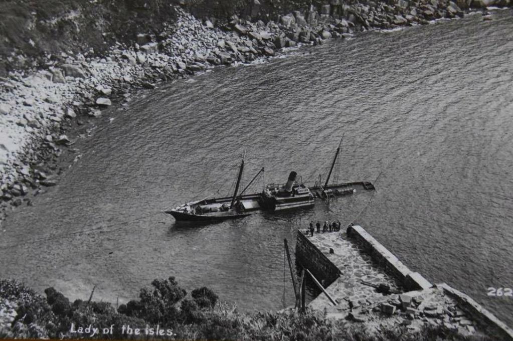 La guerre sous-marine et de surface 1939 - 1945 - Page 45 Lady_o10