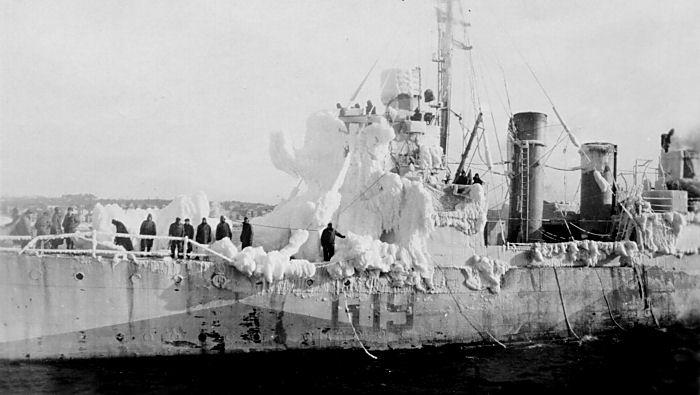 La guerre sous-marine et de surface 1939 - 1945 - Page 11 Leamin10