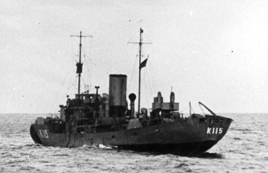 La guerre sous-marine et de surface 1939 - 1945 - Page 12 Levis10