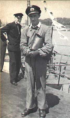 La guerre sous-marine et de surface 1939 - 1945 - Page 2 Liebe232