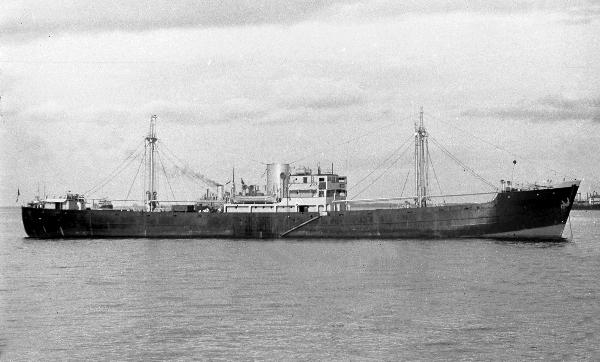 La guerre sous-marine et de surface 1939 - 1945 - Page 65 Limbou10