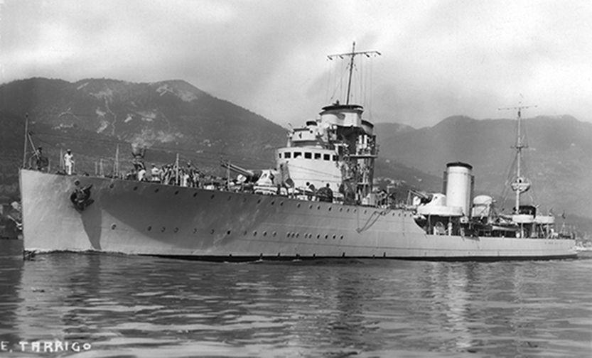 La guerre sous-marine et de surface 1939 - 1945 - Page 66 Luca_t10