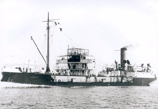 La guerre sous-marine et de surface 1939 - 1945 - Page 36 Lucrec10