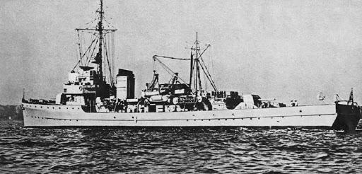 La guerre sous-marine et de surface 1939 - 1945 - Page 66 M100011