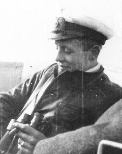 La guerre sous-marine et de surface 1939 - 1945 - Page 8 Meckel11