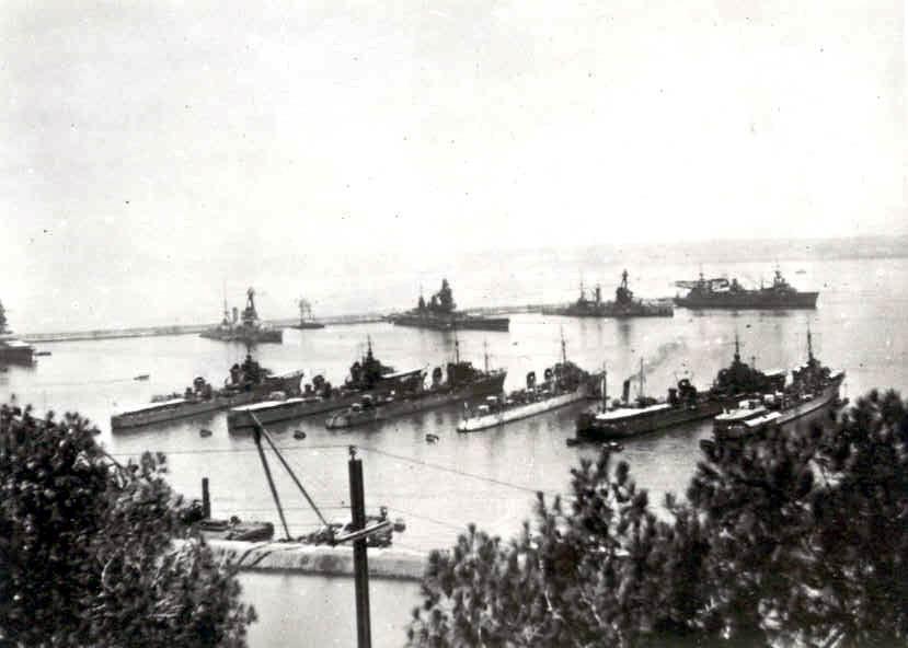 La guerre sous-marine et de surface 1939 - 1945 - Page 36 Mers_e11