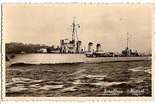 La guerre sous-marine et de surface 1939 - 1945 - Page 55 Mistra11