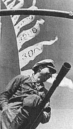 La guerre sous-marine et de surface 1939 - 1945 - Page 12 Mohr-210