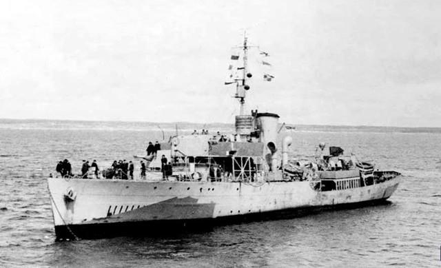La guerre sous-marine et de surface 1939 - 1945 - Page 11 Moosej10
