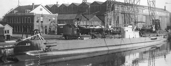 La guerre sous-marine et de surface 1939 - 1945 - Page 11 O_2110