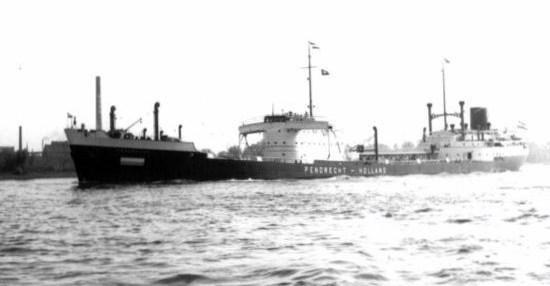 La guerre sous-marine et de surface 1939 - 1945 - Page 5 Pendre11