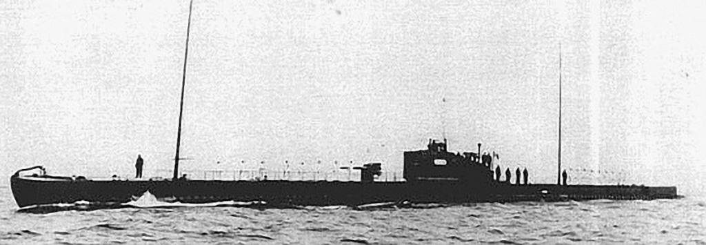 La guerre sous-marine et de surface 1939 - 1945 - Page 36 Perse-10
