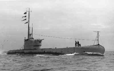 La guerre sous-marine et de surface 1939 - 1945 - Page 11 Perseu10