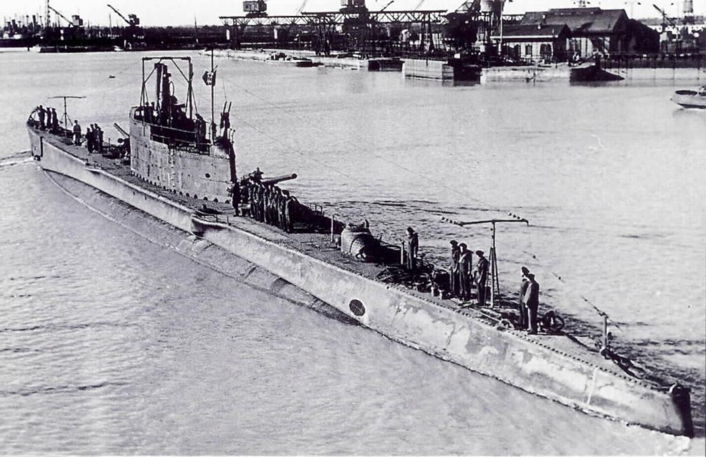 La guerre sous-marine et de surface 1939 - 1945 - Page 55 Pietro10