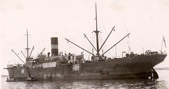 La guerre sous-marine et de surface 1939 - 1945 - Page 39 Pindos10