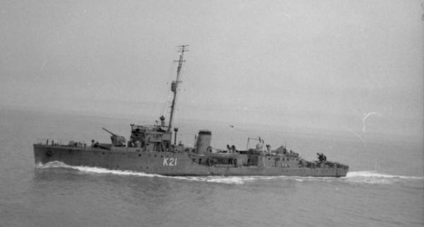 La guerre sous-marine et de surface 1939 - 1945 - Page 5 Pintai10
