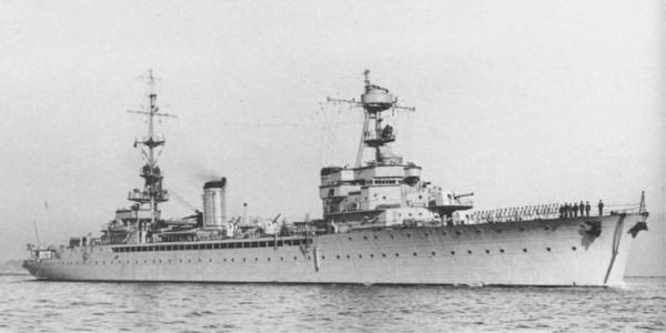 La guerre sous-marine et de surface 1939 - 1945 - Page 2 Pluton10