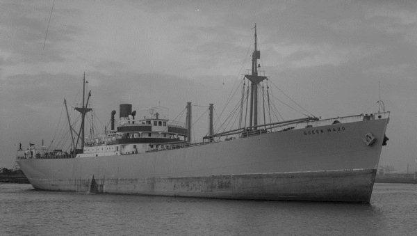 La guerre sous-marine et de surface 1939 - 1945 - Page 2 Queen_10