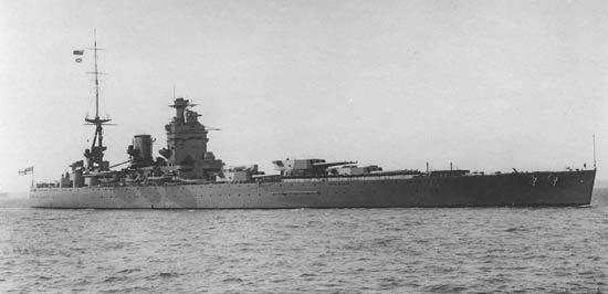 La guerre sous-marine et de surface 1939 - 1945 - Page 70 Rodney11