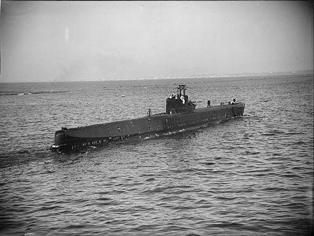 La guerre sous-marine et de surface 1939 - 1945 - Page 65 Roqual11